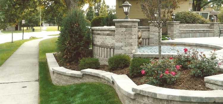 chicago illinois landscape and hardscape contractor patios pavers retaining walls water features - Landscape Contractors